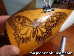 бабочка из пластика