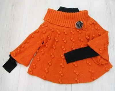 Шишки на дорожке: свитер-пончо